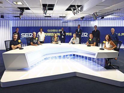 Foto de familia de la presentación de la nueva temporada de la Cadena SER.