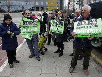 Protesta contra Bankia el pasado 15 de marzo en Valencia.
