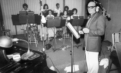 El músico, en una grabación en Los Ángeles, en 1977.
