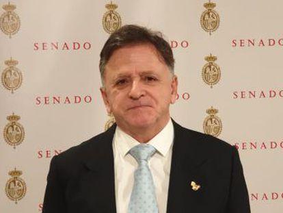 La pareja de Juan Ros Alcaide recibe el alta del hospital, donde fue ingresada con politraumatismos.