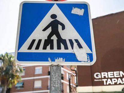 Cuide usted esta señal de tráfico: vale 100 euros