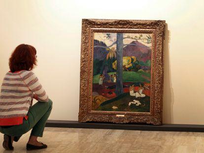 El cuadro 'Mata Mua' durante la exposición de 2012 'Gauguin, viaje a lo exótico' en el museo Thyssen.