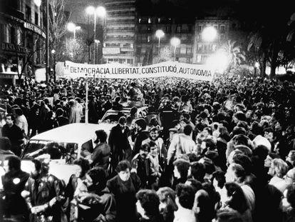Manifestación en Barcelona contra el 23-F.