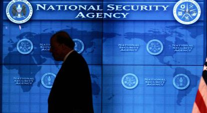 John Negroponte, en la Agencia Nacional de Seguridad, en 2006.