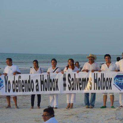 Protesta por la edificación en la isla