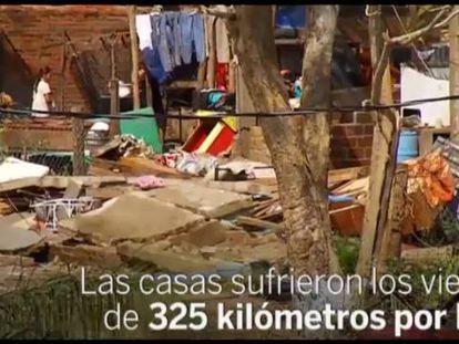 Una casa dañada tras el paso de Patricia.