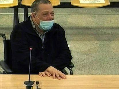 Captura de televisión del exviceministro de Seguridad Pública de El Salvador, Inocente Montano, durante el juicio en el que se le acusa de la matanza de cinco jesuitas españoles en 1989.