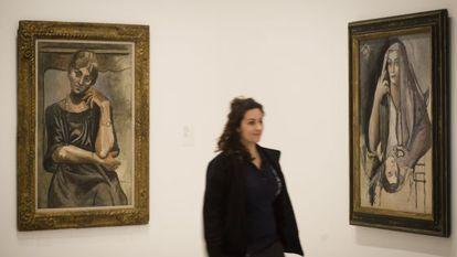 Retrato de Olga, de Picasso (1917) y Retrato de mi hermana, de Dalí (1923), dos de las obras enfrentadas en el Museo Picasso de Barcelona.