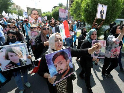 Manifestación de familiares de las víctimas de la protesta de 2019, el pasado 1 de octubre en Bagdad.