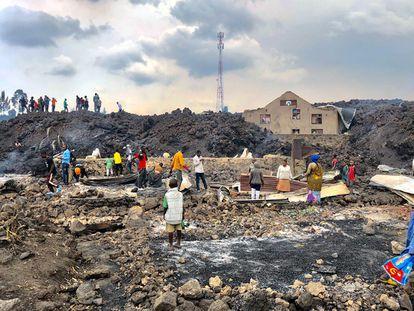 La erupción del pasado 22 de mayo se detuvo poco antes de que la lava llegase a una de las zonas más pobladas de la ciudad Goma. Aun así, destrozó varios centenares de casas. Pincha sobre la imagen para ver la fotogalería completa.
