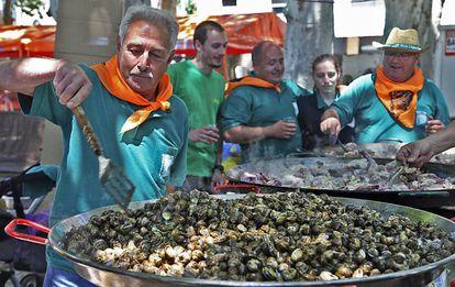 Fiesta de L'Aplec del caragol de Lleida, donde se consumen 13.000 kilos del gasterópodo en tres días.