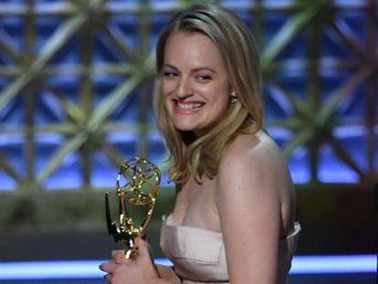 El drama de Hulu se convierte en la primera serie por Internet en ganar el premio al mejor drama.  Big Little Lies  se corona como uno de los fenómenos televisivos del año