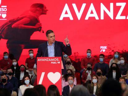 Pedro Sánchez, en un mitin del PSOE en Ponferrada (León), este domingo.