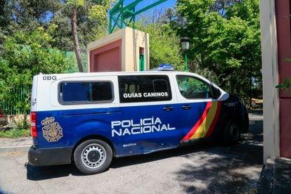 La policía continúa registrando la casa de José Luis Moreno, 29 de junio de 2021.