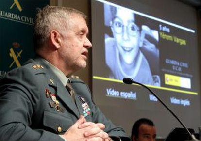 El responsable de Delincuencia Especializada y Drogas de la UCO de la Guardia Civil, teniente coronel Manuel Llamas, durante la rueda de prensa ofrecida en Madrid sobre el 'caso Yéremi Vargas'.