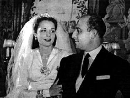 Carmen Villalonga y Julio, Muñoz, en su boda en 1946.