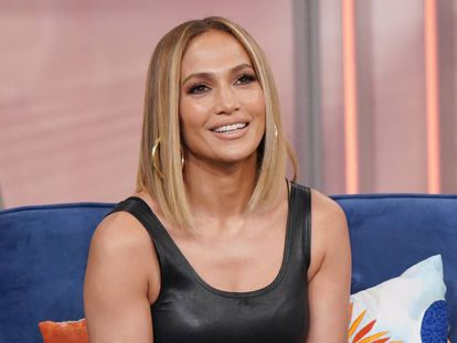 Jennifer Lopez durante una entrevista promocional de 'Hustlers', su nueva película, en el programa 'Despierta América'.
