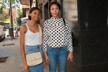Erika y Adileusa Do Rosario, en un juzgado de Madrid, el pasado mes de julio.