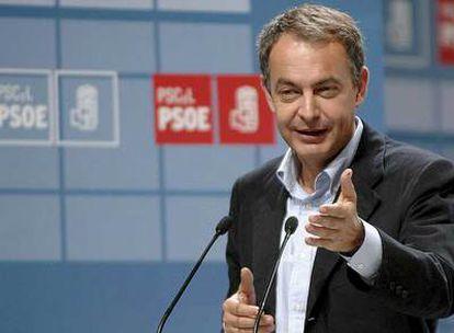 Zapatero, ayer, en la clausura del congreso del PSOE de Castilla y León en Valladolid.