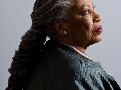 La escritora Toni Morrison.