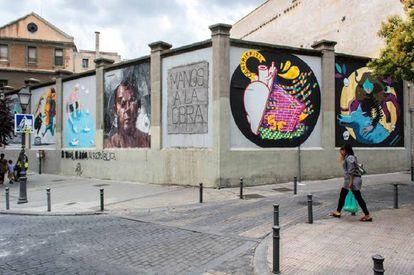 Grafitis en Tabacalera, resultado de la primera edición de 'Muros de Tabacalera'.
