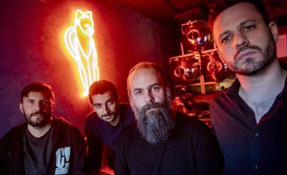 Alberto Tocados, Álex Pérez Cañada, David López 'Macón' y Esteban Girón, la semana pasada en un bar de Madrid.