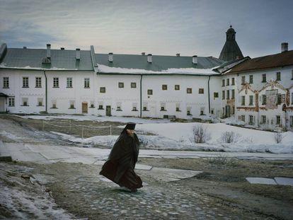 Hieromonje en Solovkí (Rusia).