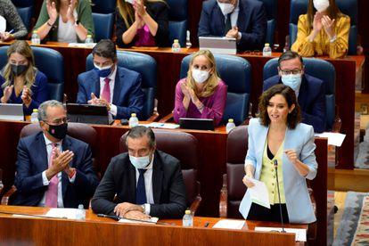La presidenta de la Comunidad de Madrid, Isabel Díaz Ayuso, interviene en el pleno de la Asamblea este jueves.