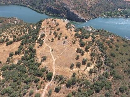 Vista aérea del yacimiento de El Castillón (Zamora).