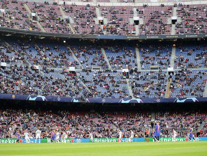 Imagen del Camp Nou durante el encuentro de Champions del Barça ante el Dinamo de Kiev.