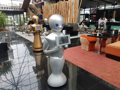 Los robots llevaban décadas haciendo el trabajo que una persona no querría hacer.
