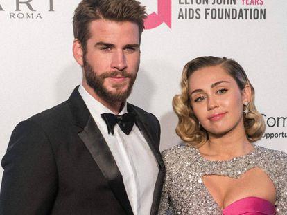 Miley Cyrus y Liam Hemsworth, en una gala celebrada en Hollywood en marzo de 2018.