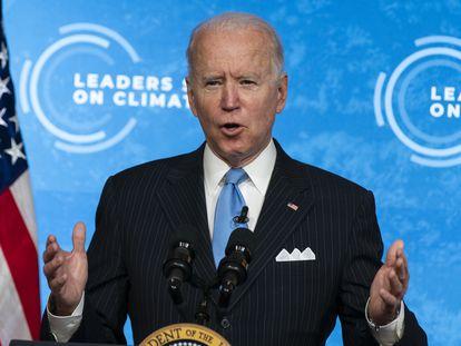 El presidente estadounidense Joe Biden comparece en una cumbre climática desde Washington.