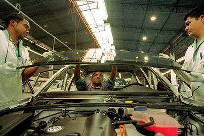 Los grandes fabricantes de automóviles abandonan sus actividades en el mercado brasileño.