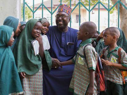 Zannah Mustapha, profesor que medió para rescatar a las niñas nigerianas secuestradas por Boko Haram.