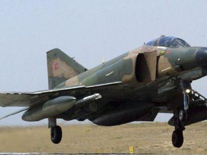 Un Phantom F-4 similar al derribado por las defensas sirias.
