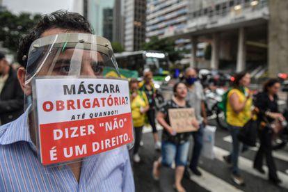 Protestas en São Paulo contra las medidas tomadas para frenar el coronavirus.