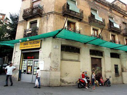 La novela de Rosa Ribas transcurre en el Poble Sec barcelonés.