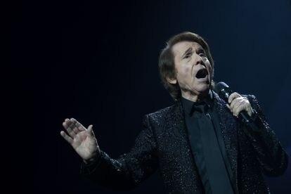 Raphael , en un momento de  su concierto en el Wizink Center.
