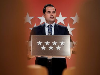 El vicepresidente madrileño, Ignacio Aguado, en una rueda de prensa del Consejo de Gobierno, el pasado 10 de febrero.