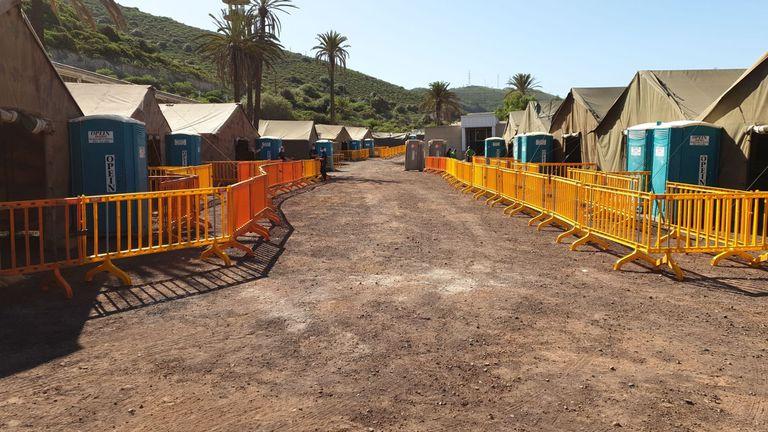CATE de Barranco Seco (Gran Canaria) antes de recibir al primer grupo de migrantes procedentes del muelle de Arguineguín.