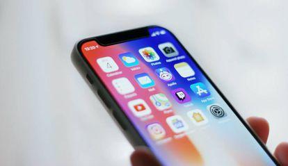 Los iPhone solicitarán desde esta semana el permiso del usuario para que las 'apps' recojan sus datos.