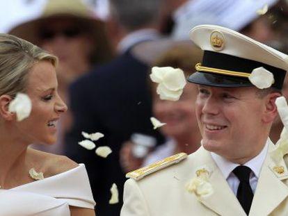 Charlene y Alberto de Mónaco, el día de su boda, el 1 de julio de 2011.
