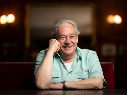 El escritor Gonzalo Celorio, en julio en el Café Gijón de Madrid.