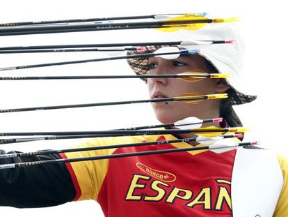 Iria Grandal, durante la primera ronda de clasificación de la prueba de tiro con arco disputada el pasado viernes en Londres.