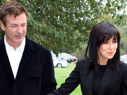 Alec Baldwin, con su mujer Hilaria.