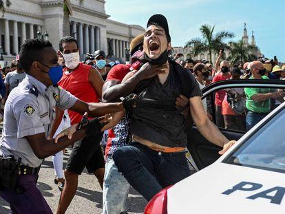 Las protestas contra el Gobierno en Cuba, en imágenes
