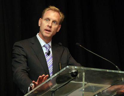 Patrick Shanahan durante una conferencia en 2009 sobre Boeing.