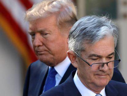 El presidente estadounidense, Donald Trump, junto al presidente de la Reserva Federal, Jerome Powell.