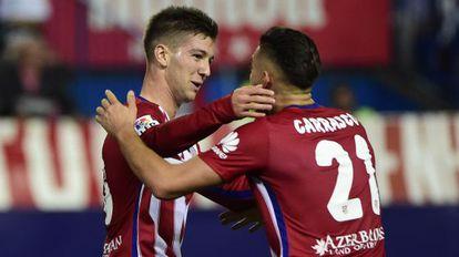 VIetto celebra su gol con Carrasco.